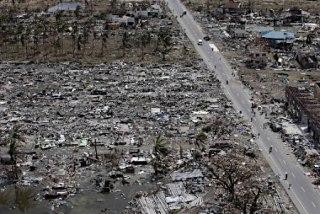 台風で甚大な被害を受けたフィリピン・レイテ島 【<a href=