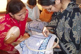 [パキスタン地震被災女性の自立・生活再建]の画像