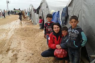 難民を助ける会