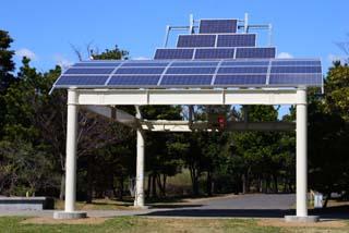 ソーラー発電施設「ひだまり〜な」