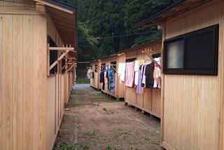 [木造の仮設住宅を被災地に LIFE311]の画像