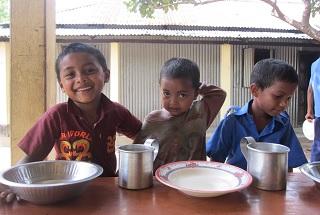 子どもたちの栄養不良改善のためにたまご給食を贈ろう!