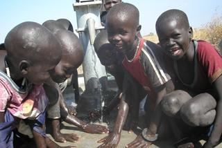 [「いのちの水」をすべての人に 〜ピースウォーターキャンペーンにご支援を〜]の画像
