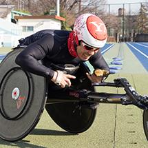 洞ノ上 浩太(ほきのうえ こうた) ヤフー所属の障がい者アスリート。 リオデジャネイロ・パラリンピック2016の日本代表に内定。