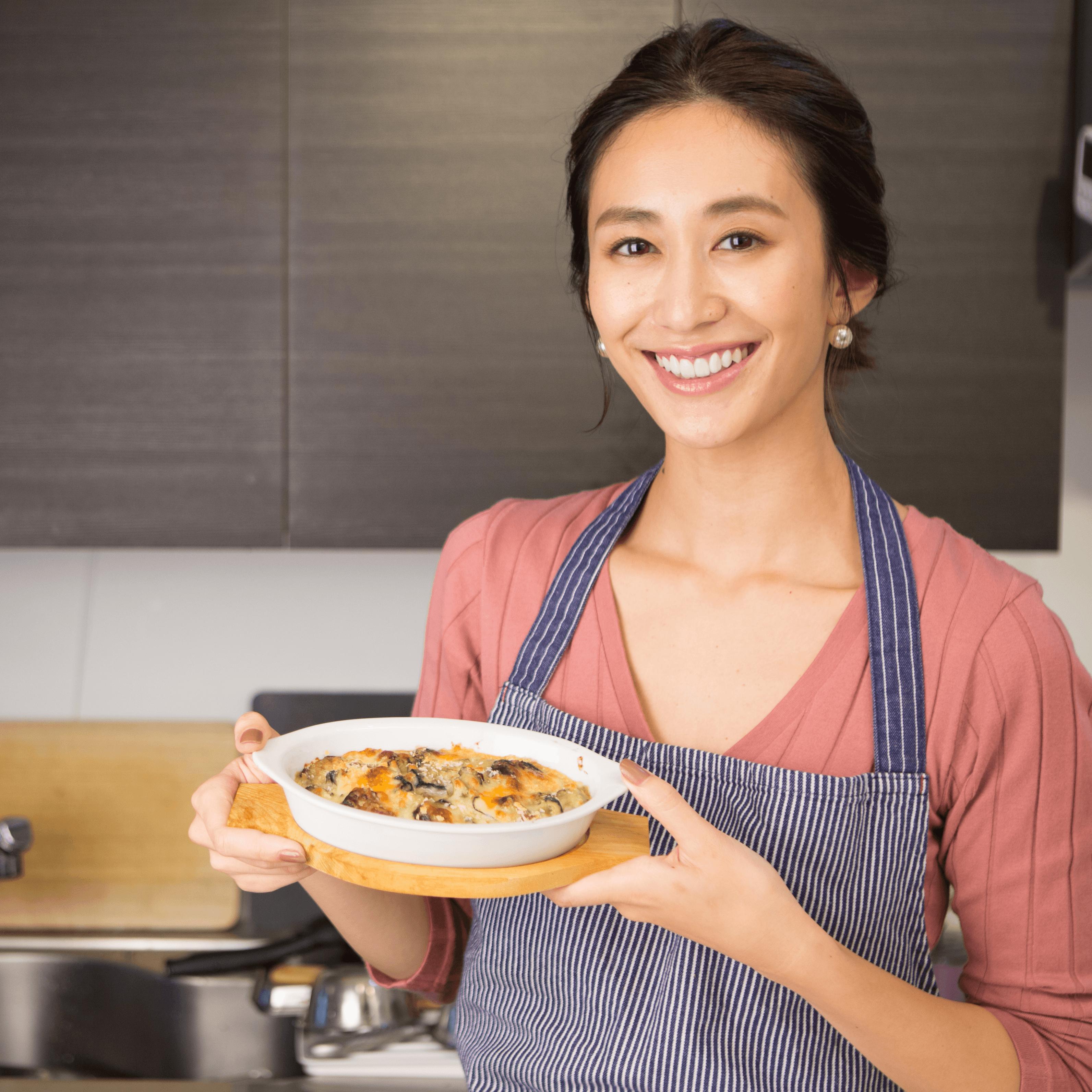 神山まりあさんの、ほんわか幸せレシピ【カキとナスのグラタン】