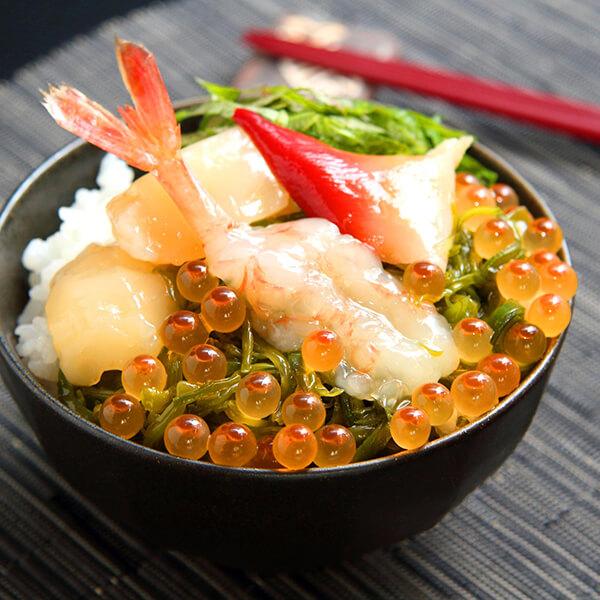 川秀ぶっかけ海鮮丼の写真