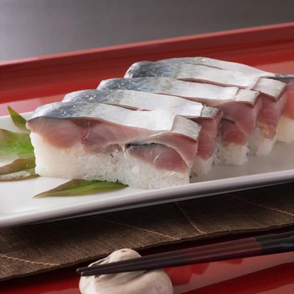 極厚な生さば寿司の写真