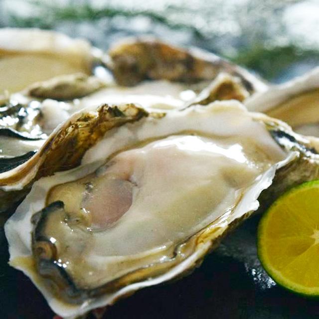 熟成殻付き牡蠣の写真