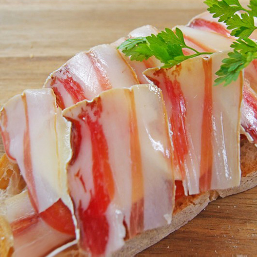 熟成豚バラの生ハムの写真