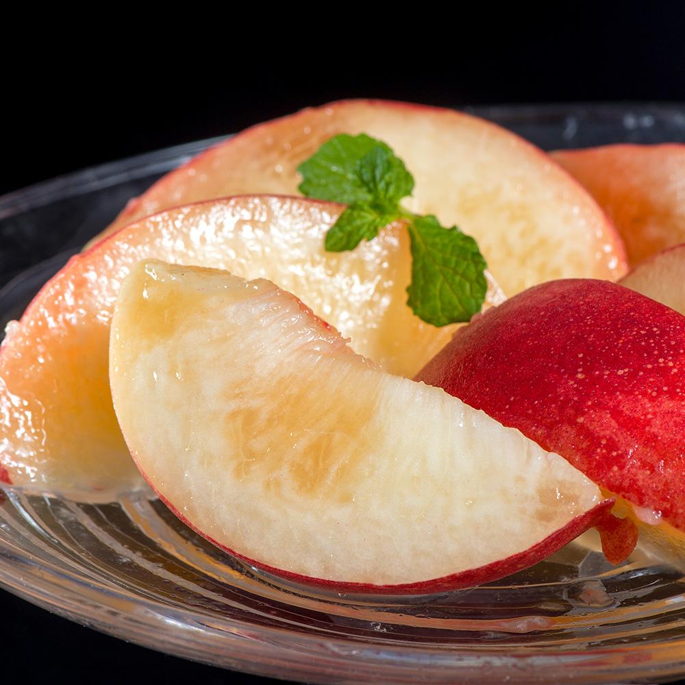 「てっぺんの桃」の写真