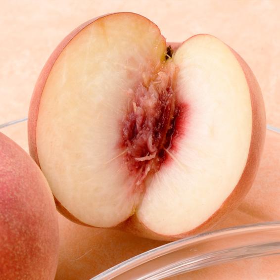 菱沼さんの「さくら白桃」 約2キロ