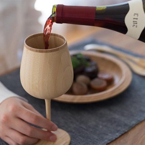 木製ペアグラスの写真