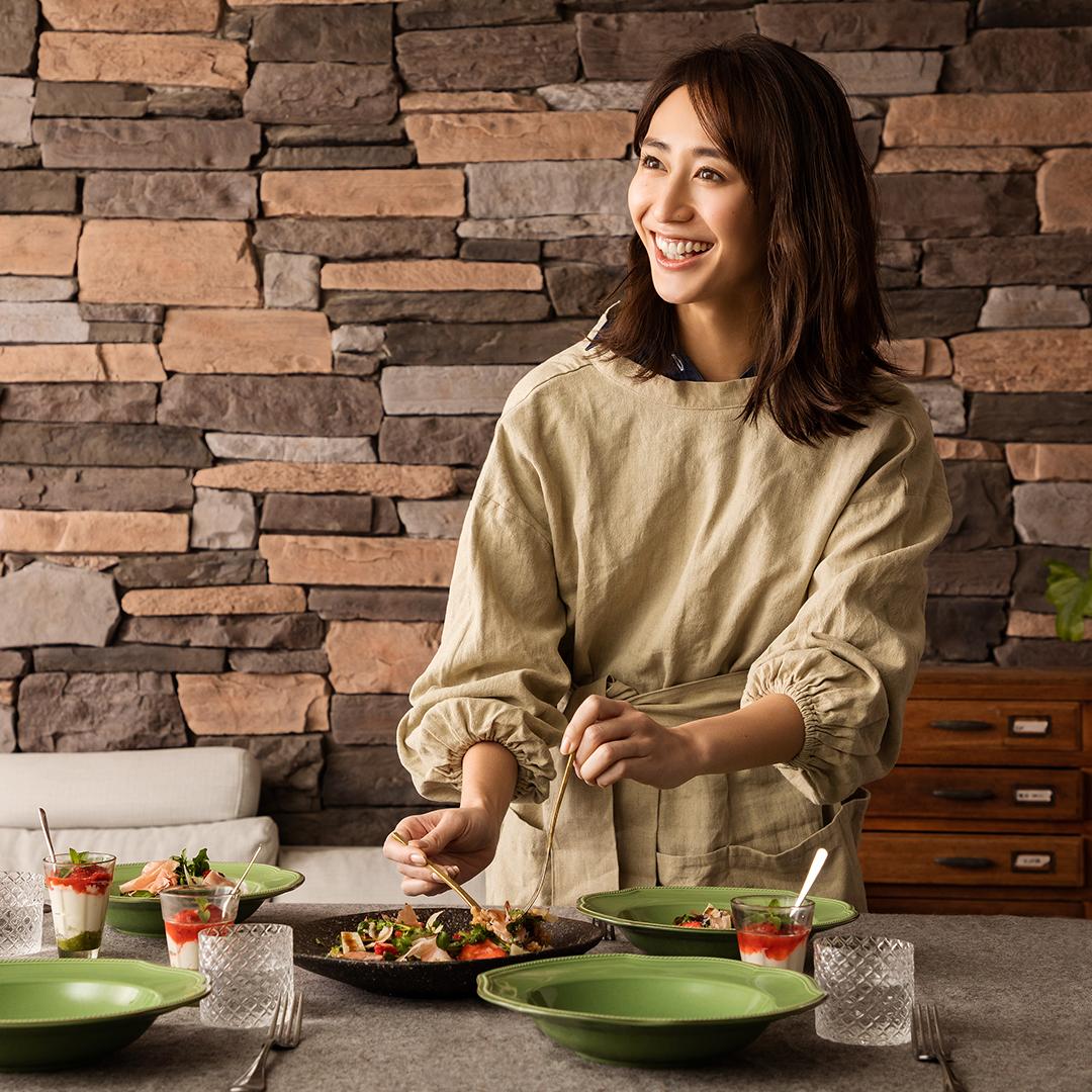 神山まりあさんの、ほんわか幸せレシピ【ちらし寿司風サラダで春の簡単おもてなし】