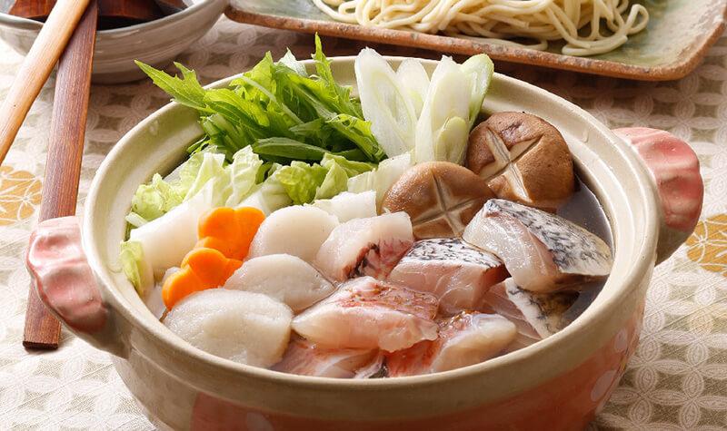 幻のクエスープで味わう地魚海鮮鍋