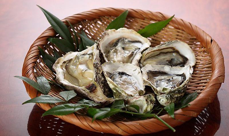 九十九島 殻付き生牡蠣