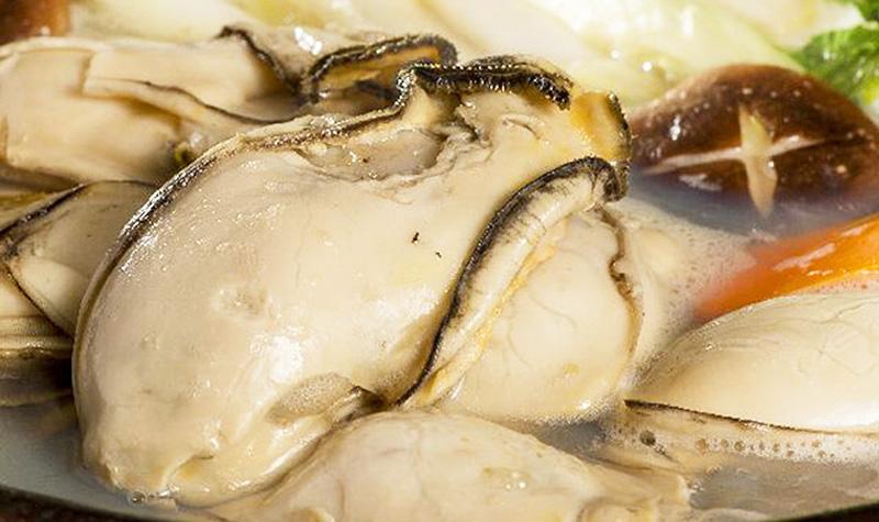 希少な巨大5Lサイズ 釜茹で牡蠣