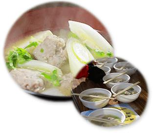 写真:女川汁(サンマのつみれ汁)