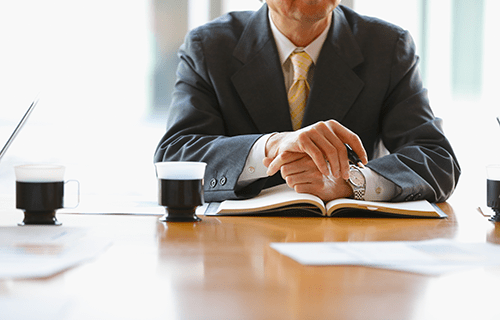 https://feature-job.yahoo.co.jp/contents/guide/category001/shiho-shoshi-lawyer.html