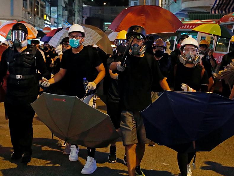 香港、逃亡犯条例の改正案を撤回 デモは収束せず