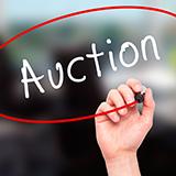 入金があったのですが、1つの商品なのに2名の落札者が入金しています。時間が早い方の方に連絡をすれば良いのでしょうか?すでに入金されている方にはどうすれば良いのですか? http://auctions.yahoo.co.jp/