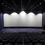 4dx版映画のムビチケ利用についての質問です。 先程、シン・エヴァンゲリオンの座席チケットをオンライン販売で購入したのですが、ムビチケを4dx映画で利用する際は劇場チケット売場での引き換えが必要との事で、...