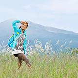 ①最も登山客が多いのは春と秋ですか?冬が最も少ないですか? ②東京で登山シーズンでも人が少ない良い山を教えて下さい。高尾山は冬でも人が多いですか?