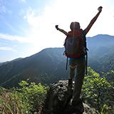 新型コロナウィルス感染拡大で登山を自粛中なので、秋の終息を願って鳳凰山へ登山計画中です。 ネットの情報によると青木鉱泉よりのドンドコ沢コースの登山道が昨年の台風で崩落し通行止めとありましたが現在の状...