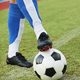 高校女子サッカーで常盤木学園と日ノ本学園が着ているユニフォームのブランドは何なのでしょうか?