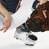 今年のプロ野球の1試合のベンチ入り可能人数は何人ですか?