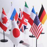 アメリカが日本に原爆を落としたことについて第三国はどのような認識を持っているんですか? 原爆を落としたアメリカが全面的に悪く、アメリカは日本に謝罪するべきだと思っているんですか?