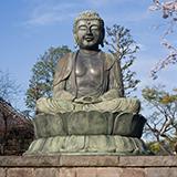 仏教徒でもキリスト教の神様を信仰することはできますか? 私は仏教徒です。家は真言宗の檀信徒です。 大日如来、釈尊、弘法大師etc…… 仏教の仏様を信仰しています。  しかし、キリスト教の教えに数年前から興味...