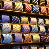 ミニマリスト的にはリバーシブルの服はどうなんですか? 1度で2度美味しいからコスパが良いと取るか、どっちを着るか選択肢が増えるから無駄と取るか。