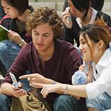 MBA留学、社費が自費か 私が今いる会社では社費留学制度があります。 2つのタイプがあります。 1. 留学費用+現地手当+基本給(日本の口座) 駐在員と変わらない給与 2.留学費用+基本給(現地口座) 一般的な社費留学 1の方は優秀かつ永年勤続の意思がある者 2の方は、社内基準を満たす、優秀な者 となっています。 今の人事評価であれば1も目指せると思いますが、「5年以内に退職した場合...