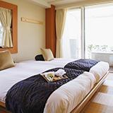 GOTOトラベルで貰える地域共通クーポンの利用可能エリアについて 例えば箱根(神奈川県)に泊まってもらったクーポンは、箱根エリアでしか使えませんか? 加盟店なら他の地域(神奈川県内)でも使えるのでしょう...