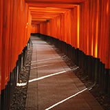 旅行先で三重県の津、白子、四日市の観光地や名物は何ですか。 大阪から近鉄特急で行きます。