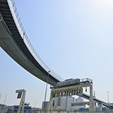 高速道路 茨木インターから竜王まで移動する時に基本は名神でしょうが、京滋バイパス経由でも料金は変わらないですよね??