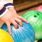 ボーリング ボールの手入れの方法(オイル抜き・表面処理等)