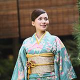 女装娘です。 京都と浅草の何件かのレンタル着物店に女装娘(女装する男性)でも女性物も着物をレンタルできるか可能かを問い合わせた結果、 全体の約2割くらいの店舗に断られましたが女装娘に女性物の着物もレンタルを断った理由は何だと思われますか?