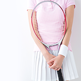 ソフトテニス部です テニス界での試合ってどんな順番ですか? 例えば○○大会で優勝したら○○大会に出場出来るとかです  語彙力なくてごめんなさい! ○○の部分が知りたいです