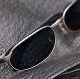 メガネ税込み2万2千円は相場ですか? ある程度質の良いものを買わないとすぐにダメになるし。