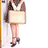 セカンドストリートで服をたくさん売りたいのですがひとまとめにしたいのでスーツケースに入れて持っていっても大丈夫なんでしょうか。 スーツケースがだめだったら旅行用の大きなかばんかショップ袋に入れようと思っています。