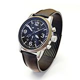 30代のサラリーマンの方で、腕時計を付けられている方に質問です。 皆さんは、いくらくらいの腕時計を付けられていますか?30歳になったということもあって、腕時計を買い替えようと思っています。今は定価3万程の時計を付けていますが…もっと良い時計を付けたい。そう思っています。 腕時計に対しての価値観や、収入等によって価格に変動があるのは承知です。
