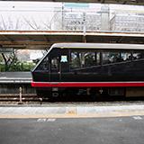 新幹線が 長野まで開業するとき かなり昔ですが 経営分離する並行在来線について なんかの記事で『話が違う』 って書いてありました。 具体的に 何の話をしていたんですか? 横川から長 野までの分離予定を 篠ノ井に短縮したことですか? これ以上に何があったんですか?