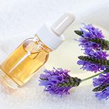 エッセンシャルオイルのゼラニウムとローズアブソリュートではどちらの方が甘い香りが強いでしょうか?