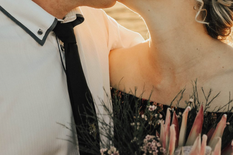 デートが月イチしかできないときでも、ラブラブな関係を続けるコツって?
