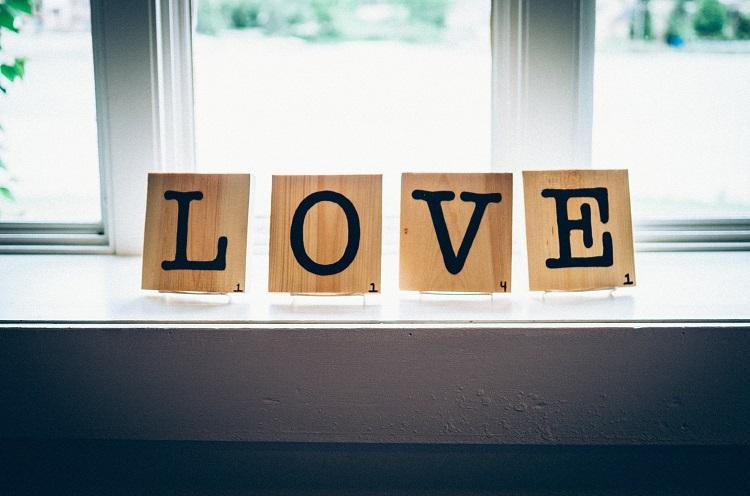 私のこと本当に好きなの...?彼氏に愛されているか確かめる方法4つ