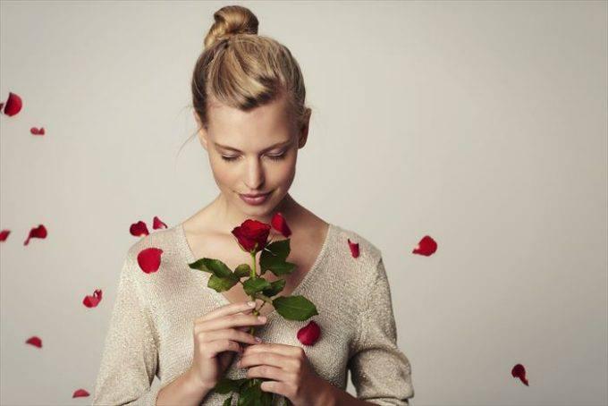 赤と白のバラの本数から分かる心理テスト