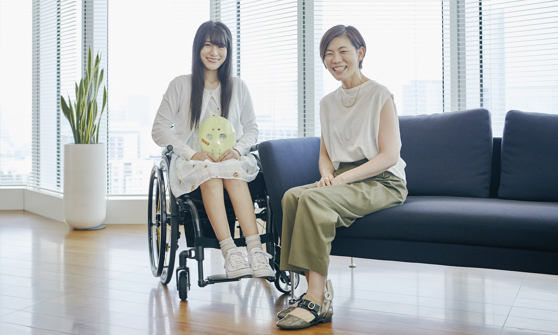 布施田祥子さんと猪狩ともかさん