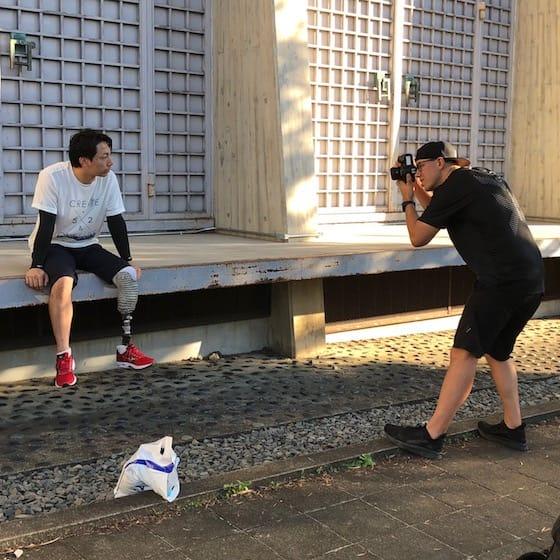 加納選手を撮影するフォトグラファージェイソン