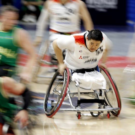 車いすバスケットボールの香西宏昭選手